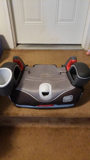 Free car seat booster for Sale in Auburn, WA