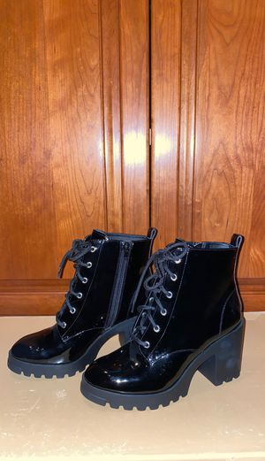 Size: 8 1/2 Brand new never work BP boots for Sale in Hartford, CT