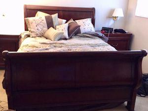 Queen bedroom set newer mattress for Sale in Renton, WA