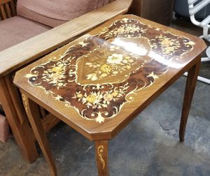 Side table for Sale in West Covina, CA