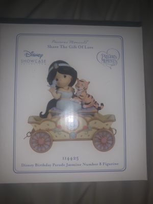 Disney Precious Moments Birthday Parade Age 8 for Sale in Philadelphia, PA