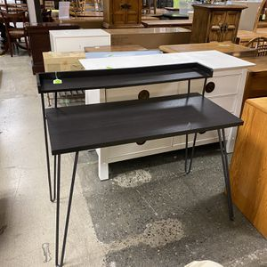 Hairpin Desk for Sale in Bellevue, WA
