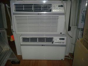 Window ac unit 8000btu for Sale in Laurel, MD