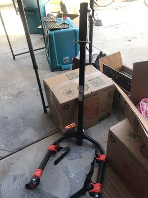MaxxHaul (70212) 2-Bike Hitch Mount Rack. Fits in a 2 inch hitch. {link removed} for Sale in San Diego, CA