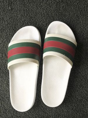 gucci flip flops for Sale in West Los Angeles, CA