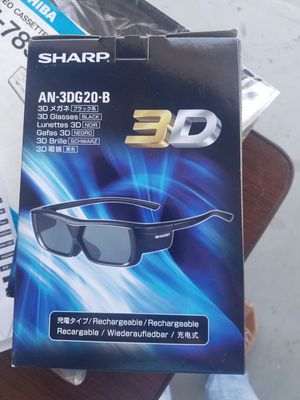 Sharp 3D Glasses for Sale in Hollister, CA