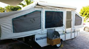 Pop up camper clean title ac works great ready to camp for Sale in Hialeah, FL
