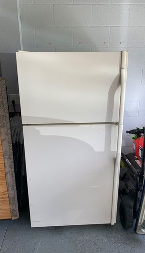 Kenmore fridge freezer for Sale in Brooksville, FL