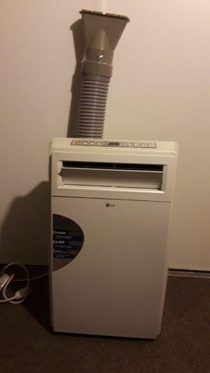 Portable air conditioner for Sale in Pico Rivera, CA
