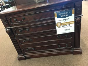 2 drawer file cabinet for Sale in Victoria, TX