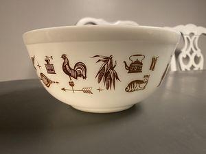 Pyrex bowl for Sale in Phoenix, AZ