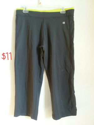 champion capri women's workout pants for Sale in Denver, CO