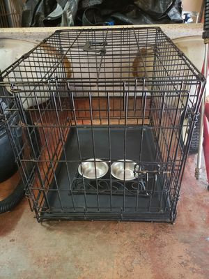 2 Dog kennels an double bowls for Sale in Homestead, FL