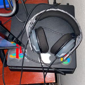 PlayStation 4 Slim for Sale in Largo, FL