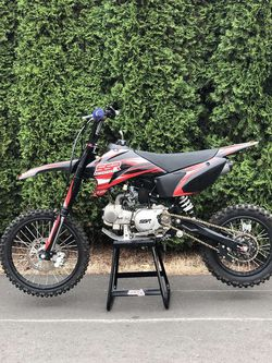 SSR 140cc Pit Bike for Sale in Happy Valley,  OR