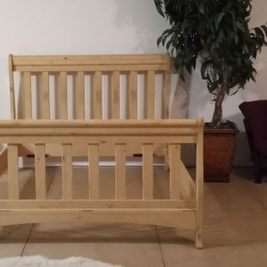 Blonde Wood Full Size Bed Frame And Mirror for Sale in Albuquerque, NM