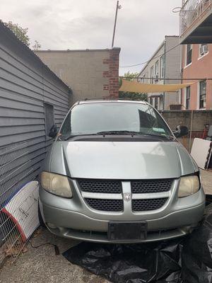 Minivan Dodge Caravan 2002 for Sale in New York, NY