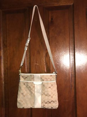Coach Shoulder Bag for Sale in Forest City, IA