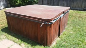 Hot tub... needs new power cord ... MAKE ME AN OFFER for Sale in Stockton, CA