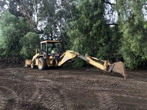 Deere 310e backhoe loader 4x4 1997 tractor excavator for Sale in El Cajon, CA