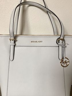 Michael Kors Ciara Tote in Optic White *w/tags* for Sale in Portland,  OR