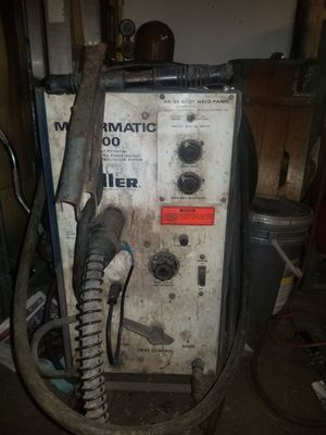 BESTOFFER.220 miller.... 100f 220 power cord. Everything wrks bottle is almost full and wire. for Sale in Rolling Meadows, IL
