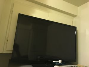 Insignia TV w/dvd player for Sale in Los Angeles, CA