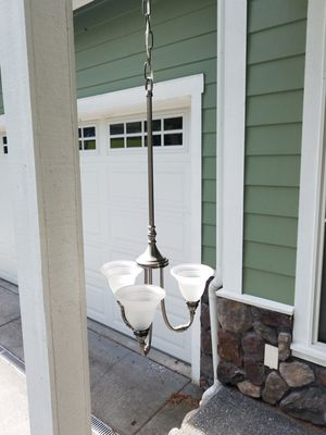 3 light chandelier for Sale in Bothell, WA
