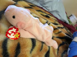 Squealer 93' beanie baby for Sale in Stockton, CA