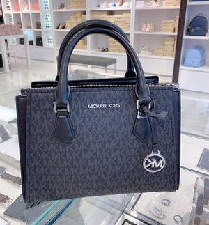 SALE!! Michael Kors Black Messenger Bag (Authentic) for Sale in York, SC