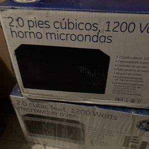 1200 V Microwave for Sale in Baltimore, MD