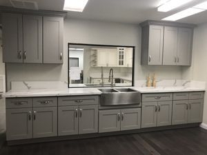 Kitchen Solid Wood Cabinet Quartz Counter tops Warehouse Lowest Cost! for Sale in Los Angeles, CA