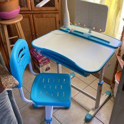Desk for Sale in San Lorenzo,  CA