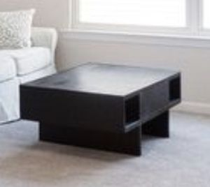 Pottery barn coffee table for Sale in Rochester Hills, MI