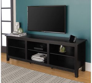 """Walker Edison Furniture Company Minimal Farmhouse Wood Universal Stand for TV's up to 80"""" Flat Screen Living Room Storage Shelves Entertainment Cente for Sale in Los Angeles, CA"""