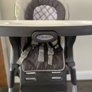Graco High chair For Toddlers for Sale in Salinas, CA