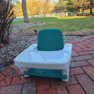 Baby Feeding Chair for Sale in Moorestown, NJ