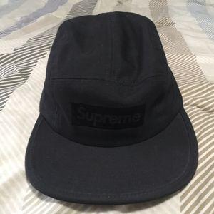 Supreme hat for Sale in Miami, FL
