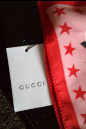 Beautiful Gucci scarf with tag for Sale in Las Vegas, NV