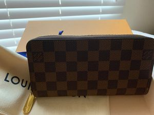 Louis Vuitton N60046 Zippy Wallet for Sale in Swansea, IL