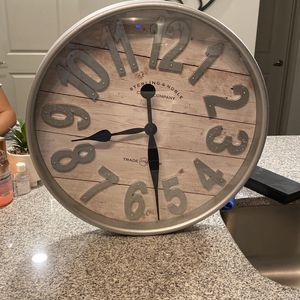 Wall Clock for Sale in Kissimmee, FL