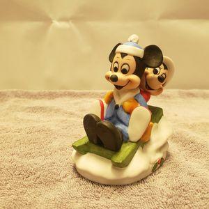 Disney Gift-Ware Mickie & Minnie Sledding for Sale in Katy, TX