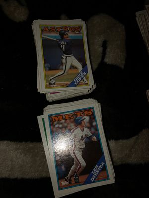 BASEBALL CARDS make me a offer got some record breakers some all stars , future stars , team leaders a lot of those and turn the clock back got some for Sale in Wichita, KS