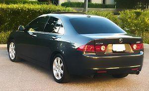 Color Black 2OO5 Acura One Owner 1000$ for Sale in St. Petersburg, FL