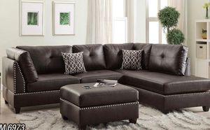Sectional with ottoman in brown . Brand new for Sale in Miami, FL