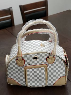 Pet carrier for Sale in Antelope, CA