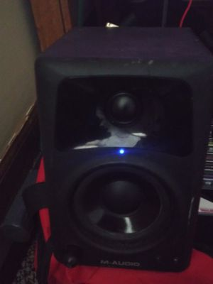 Trade for ps2 action & fighting games M audio speaker & headset for Sale in Fairmont, WV