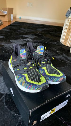 Never worn! Adidas multicolored ultra boost for Sale in Brusly, LA
