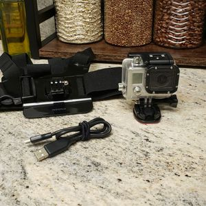 GoPro Hero 3 Bundle for Sale in Dunedin, FL