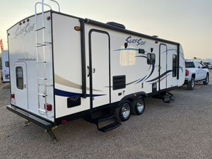 2016 Surfside 26 foot travel trailer for Sale in Peoria, AZ